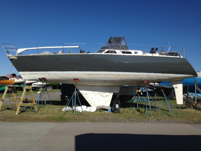 Tada! After 3 layers of duble coat, RAN became grey. The double coat is a two component polyuerthane painting De Ijssel.