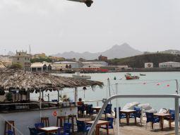 The floating bar in Mindelo